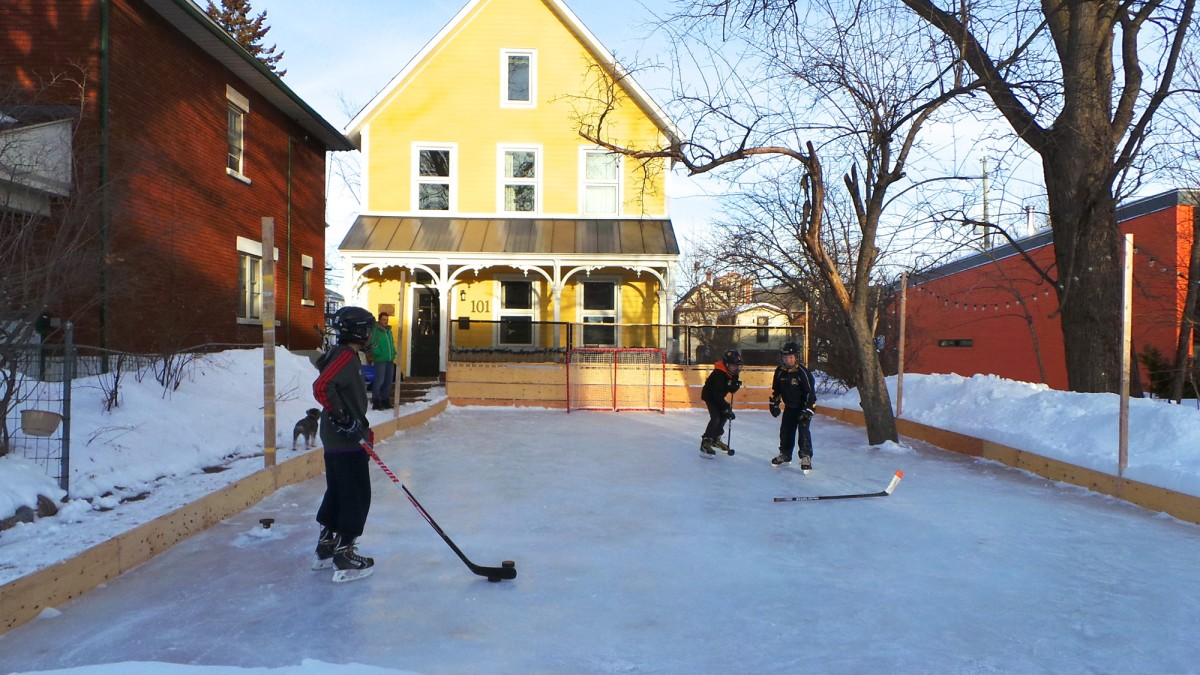shinny happy neighbours is this bayswater rink the best in