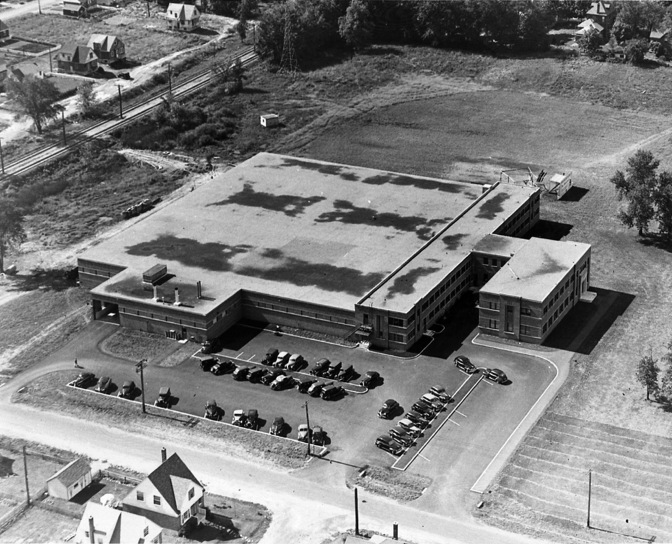 Click to view larger version of this aerial photo of the R.L. Crain Printing Plant.