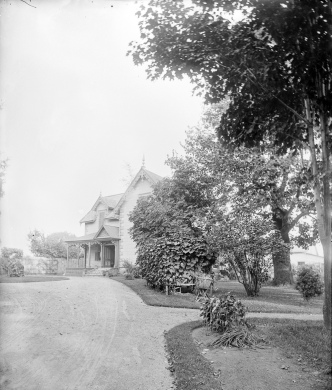 """The Lindens"" was the name of the John Durie house on Wellington in Hintonburg on about Melrose. It was built in 1867. Photos courtesy of Library and Archives Canada"